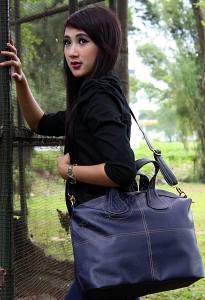 tas selempang wanita,tas selempang wanita murah,tas selempang unik,tas selempang terkini,tas selempang ukuran besar